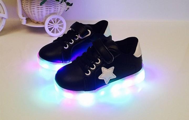 KarenVal.Com - UNX 0083 Sepatu Anak Lampu LED FULL PREMIUM Converse ... 71777487ae