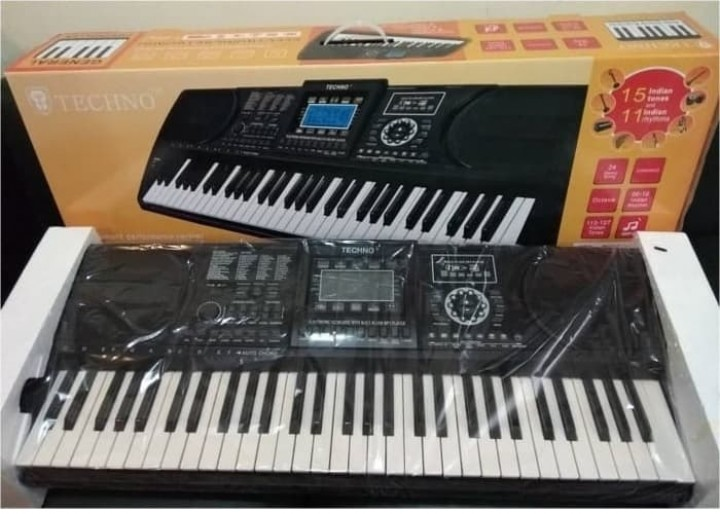 Tokuniku Techno T 9800ig2 Electronic Keyboard With App