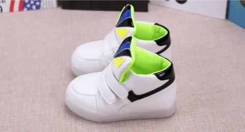 KarenVal.Com - UNX 0076 Sepatu Anak Lampu Fendi Monster PREMIUM LED ... 65c203d5cd