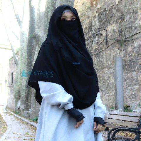 Alsyahra Exclusive Alsyahra Exclusive Set Pastan Syari Cadar Tali Size M Jetblack
